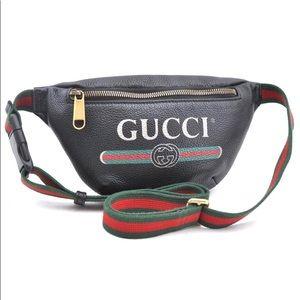 Authentic Gucci black leather unisex bum bag
